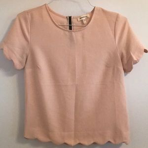 Monteau Scalloped pink top